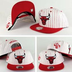 Mitchell & Ness NBA Chicago Bulls White / Red pinstripe snap